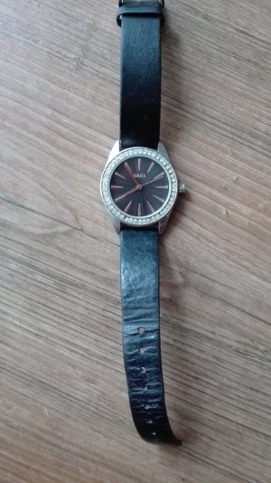 Oasis Montre avec bracelet en cuir noir