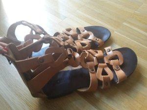 Oasis Sandalias romanas marrón claro