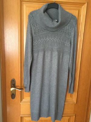 Oasis Knitted Dress grey wool