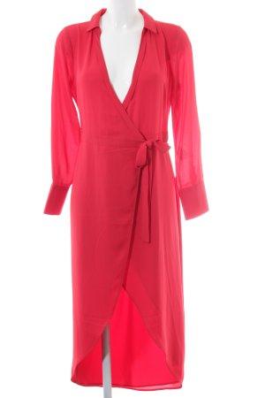 Oasis Wraparound red simple style