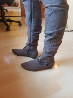 Oberknee Stiefel grau