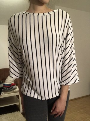 Zara T-shirt col en V blanc-bleu foncé