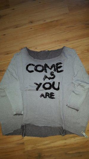 Oberteile - Sweatshirt