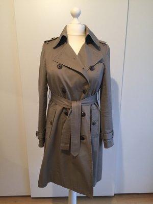 Ockerfarbener Trenchcoat von Gap