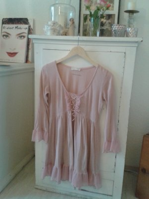 Odd Molly Babydoll rose.