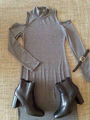 Off-Shoulder Kleid aus Viskose