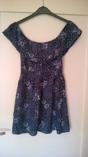 Off-Shoulder Kleidchen mit süßem Blumenmuster