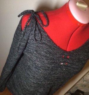 Off- Shoulder Pullover 36