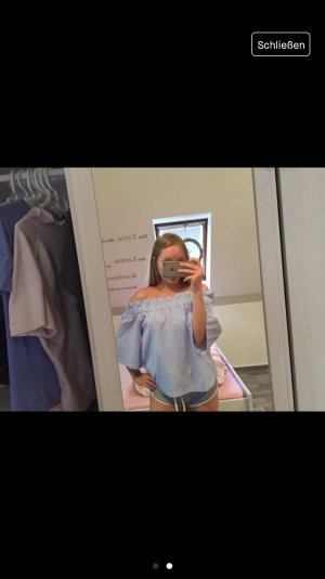 H&M Camisa de un solo hombro blanco-azul celeste