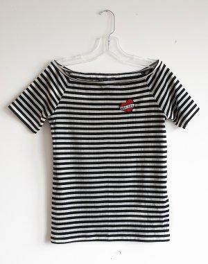 Off-Shoulder T-Shirt