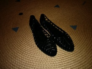 American Apparel Bailarinas con tacón con punta abierta negro