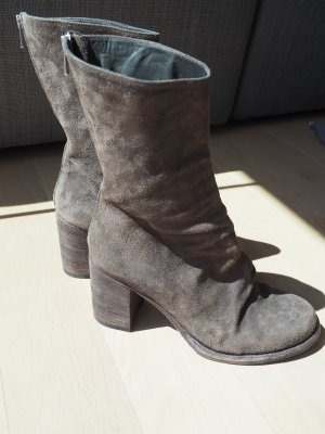 Short Boots grey brown suede
