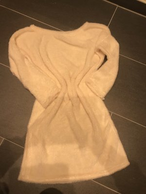 Offshoulder Teddy oversize Kleid beige