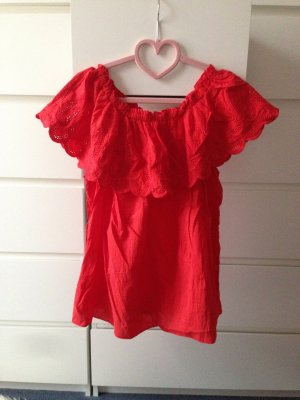 Off the shoulder top rood