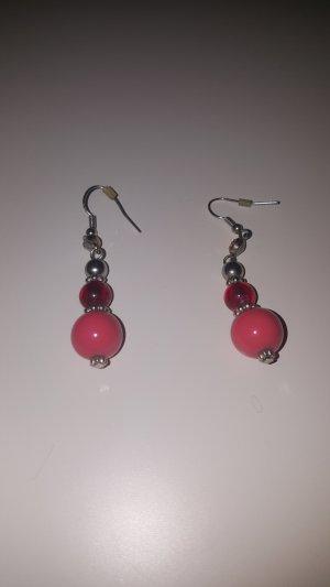 Boucles d'oreilles en perles argenté-rouge