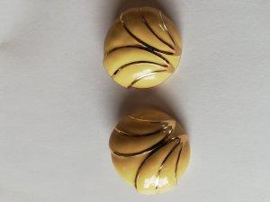 Pendientes de clip crema-color oro
