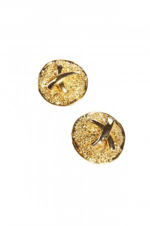 Clip Earrings in gold around