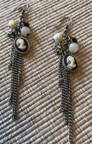 Ohrhänger Cameo Blümchen Perlen Ohrringe Gemme Camee Medaillon Gothic Gemmen Steampunk Halloween Kamee schwarz Vintage Look Retro