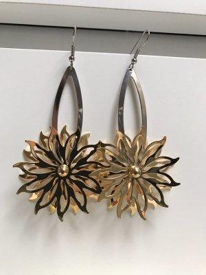 Ohrhänger mit Blumen lang