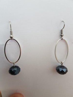 Ohrhänger mit Kreole und schwarzer Glasschliffperle (selbstgemacht)