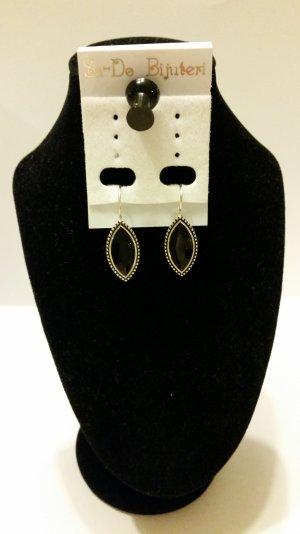 Ohrhänger mit schwarzem Stein - neu und elegant