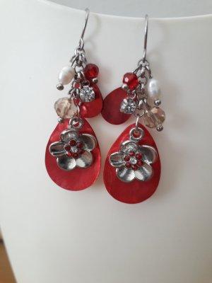 Ohrhänger (rote Muschel/Blümchen/Perlen/Glitzer)