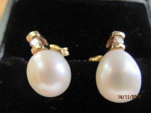 Ohrringe 585 Gold mit echten Perlen und echten Brillianten