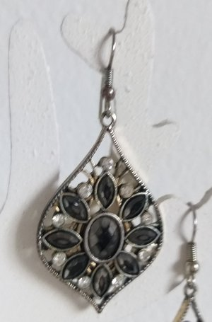Silver Earrings black-silver-colored