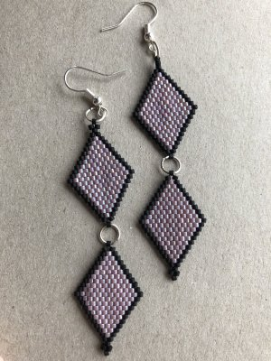 Dangle black-purple