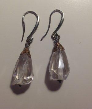 Ohrringe aus durchsichtigem Glas
