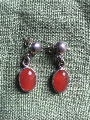 Ohrringe aus Silber mit rotbraunem Stein