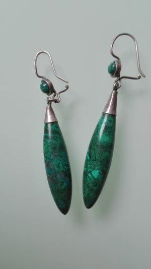 Ohrringe aus tropfenförmigen Jadestein