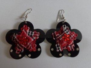 Ohrringe Blume schwarz rot kariert Glitzersteinchen