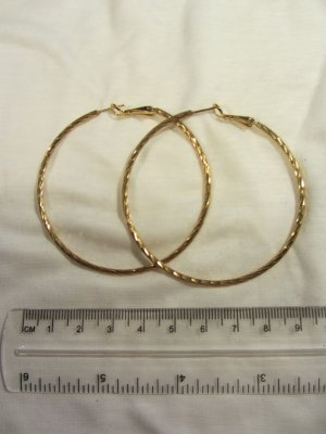 Ohrringe: Creolen in Gold (Modeschmuck)