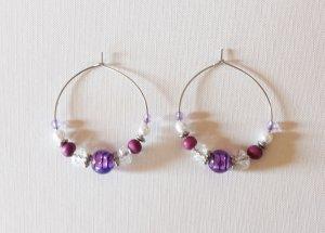 Ohrringe Creolen rund lila mit Perlen