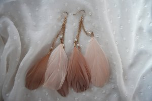 Ohrringe Federn Nude Boho Preppy Perlen