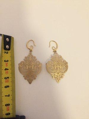 Gold Earring primrose