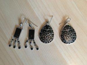Ohrringe in den Farben schwarz/silber