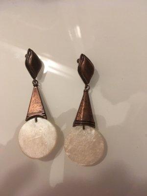Ohrringe mit geometrischen Formen