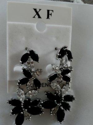 Ohrringe mit schwarze Kristalsteinen  Neu