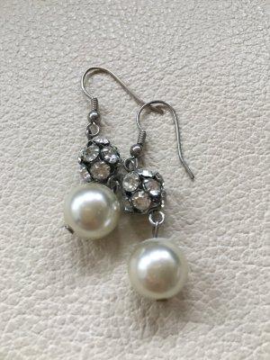 Ohrringe Strass und Perlen