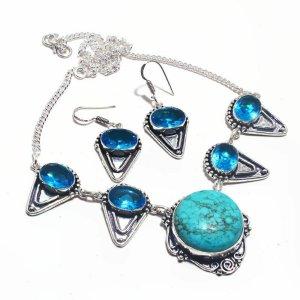 Collier argenté-bleu fluo