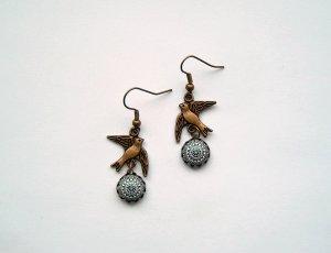 Pendant d'oreille bronze métal
