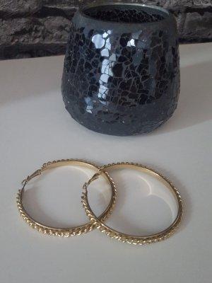 Ohrringe zu verkaufen