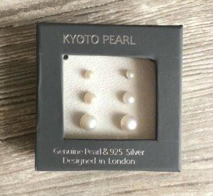 Boucles d'oreilles en perles blanc