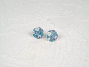 Ohrstecker Holzknopf Blumen Blau Weiß