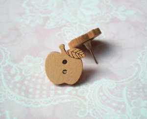 Ohrstecker Holzknopf natur Apfel Holz Herbst