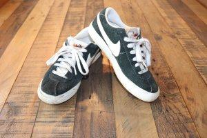 Old School Nike Blazer low suede Gr. 37,5 schwarz