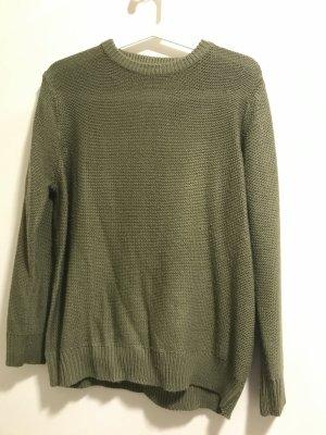 Olive grüner Pullover von ZARA