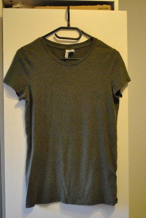 olivegrünes T-shirt in gutem Zustand!